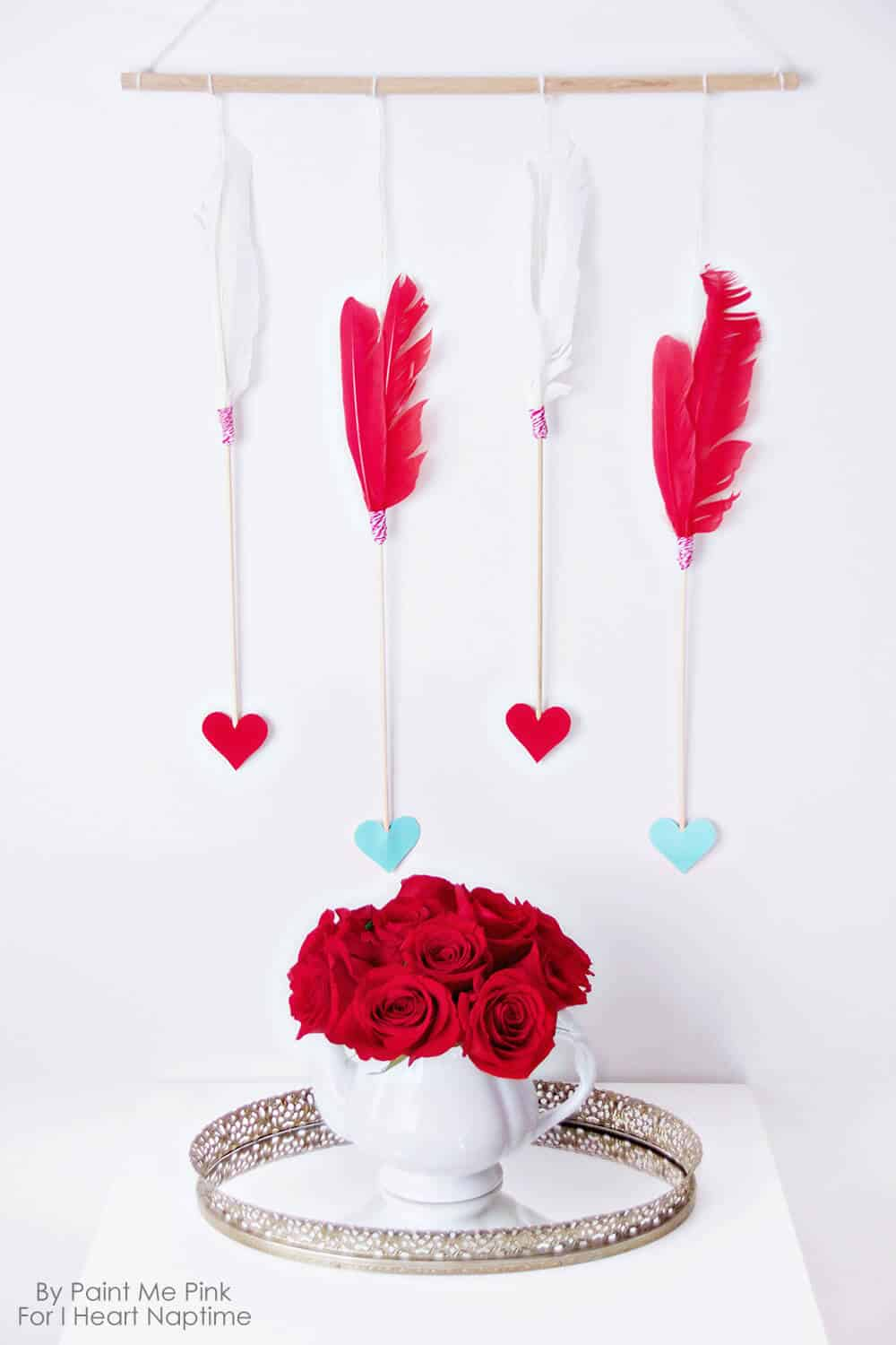 Valentine's Day Arrows Wall Hanging - decorate your home this Valentine's Day with this simple arrow wall hanging.