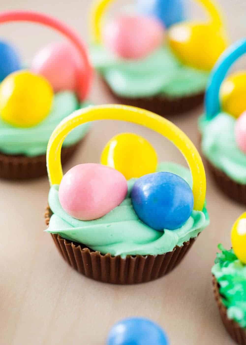 Mini Chocolate Easter Basekets
