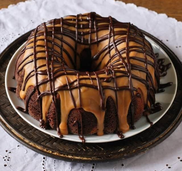 peanut-butter-chocolate-bundt-cake-recipe