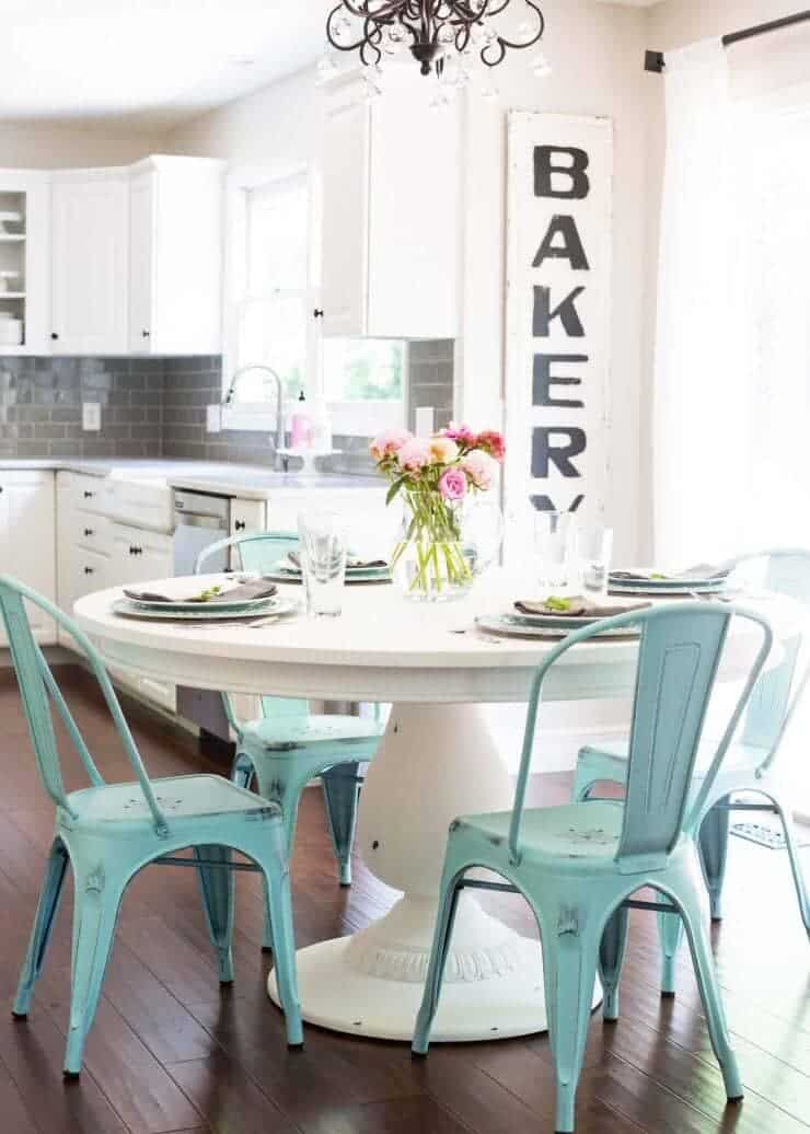 DIY Chalk Paint Table + Cheese Board... a beautiful new dressed table really opens up the kitchen!