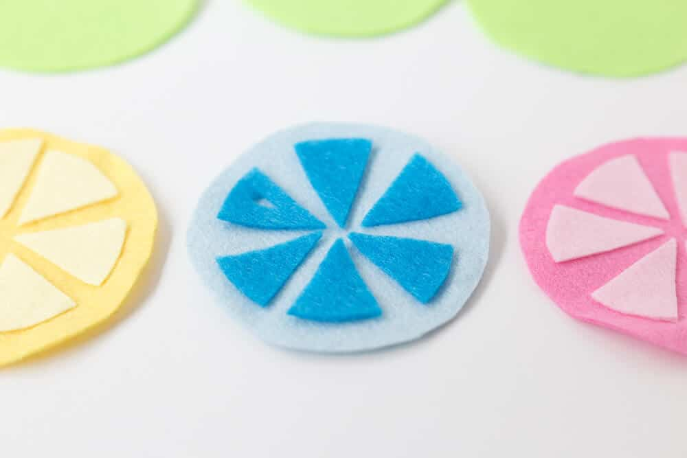 Citrus Coasters - pieces in place, these are so easy to make!