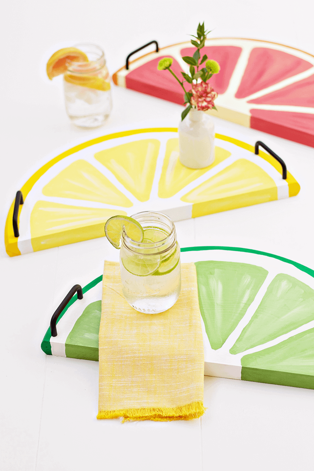 Citrus Fruit Serving Trays - an easy, summery DIY perfect for every day use!