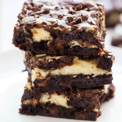 stack of cheesecake brownies