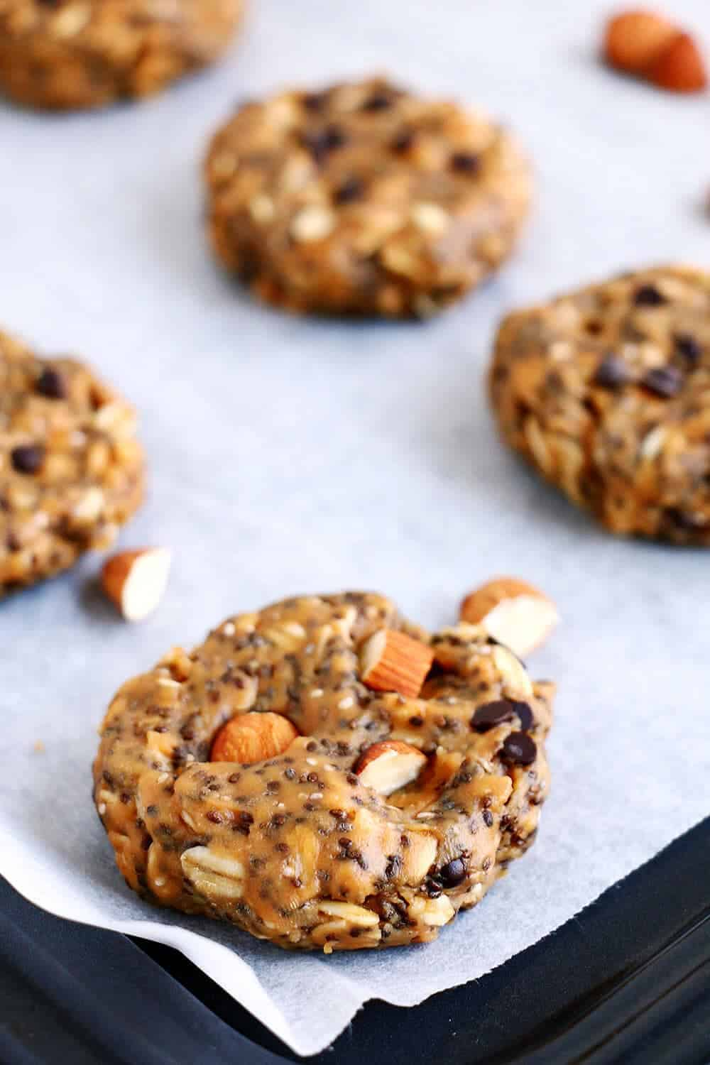 No Bake Breakfast Cookies... easy to make, and perfect for breakfast or snacks!
