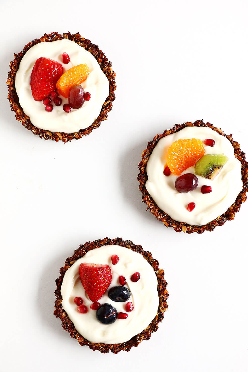 Breakfast Fruit Tarts... my new favorite breakfast! Easy to make, and so delicious. They are so pretty, no one expects them to be so healthy, too!