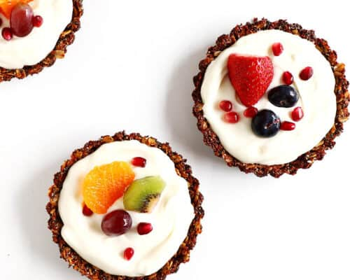 Breakfast Fruit Tarts... easy to make, and incredibly healthy and refreshing!