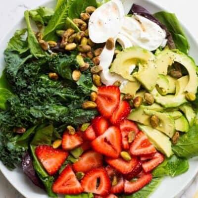 plate of strawberry burrata salad