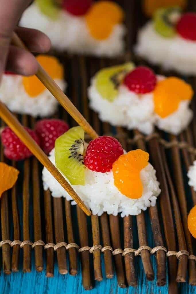 Top 50 Back to School Lunches and Snacks... Fruit Sushi