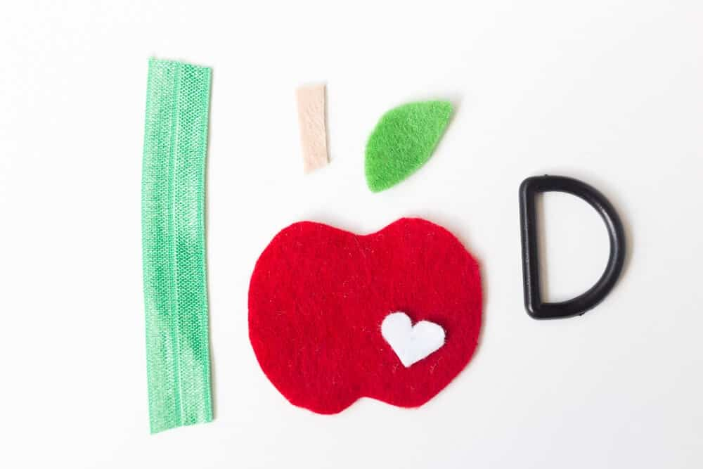 Felt Apple Keychain... gathering all the elements