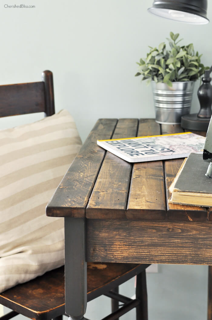 Side-of-Desk1-700x1054