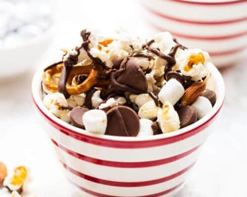 bowl of s'mores snack mix