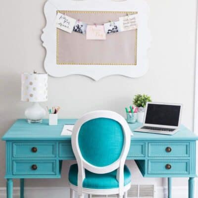 Blue Chalk Paint Desk... a beautiful and easy DIY!