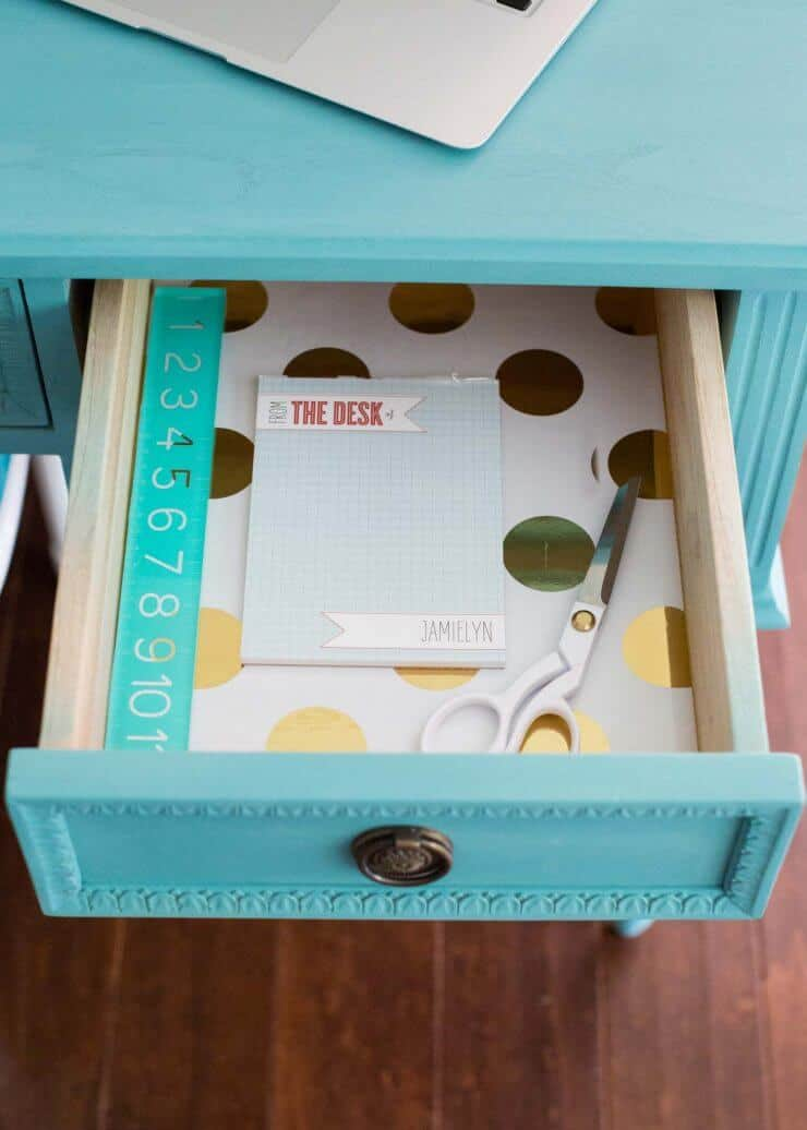 Blue Chalk Paint Desk... a beautiful and easy DIY, becoming the favorite homework station spot!