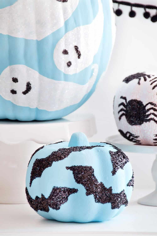 ihn-glitter-decorated-pumpkins-5