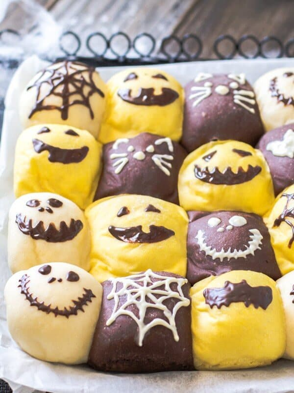 Top 50 Halloween Recipes... Halloween pull-apart bread