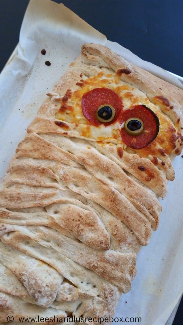 Top 50 Halloween Recipes... Stromboli mummy