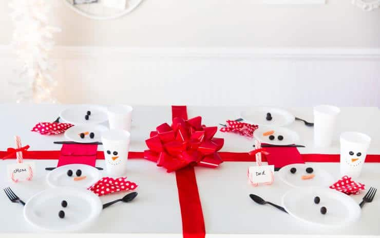 Wrapped Christmas Table and Snowman Plates... wrapped like a present!