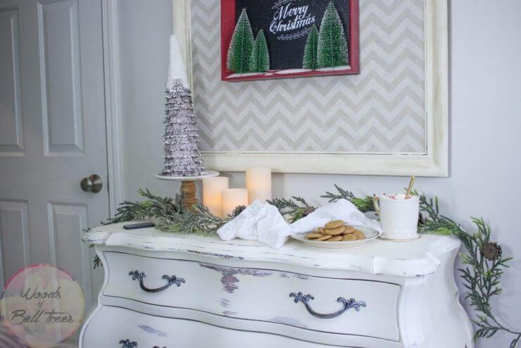 christmas-decor-decorations-big-lots-neutral-simple-farmhouse-windows-xmas-holiday-festive-10-1024x683