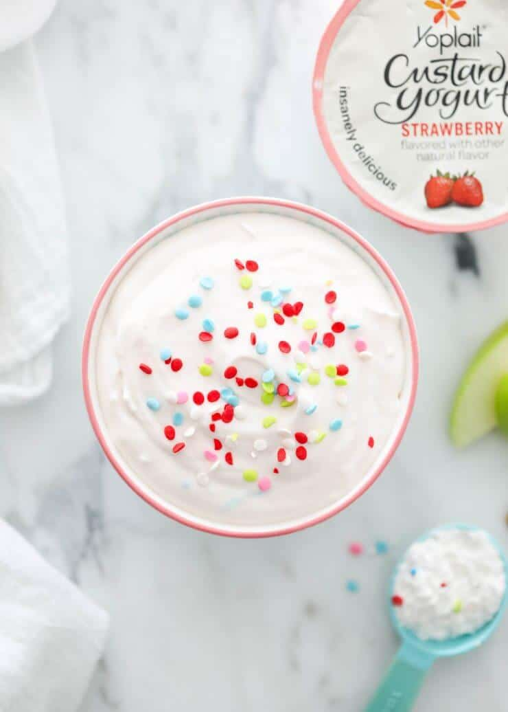 EASY 3 ingredient cake batter funfetti dip recipe with sprinkles | iheartnaptime.net