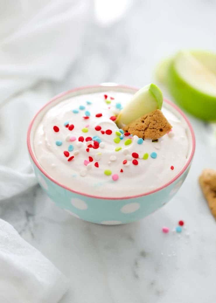 EASY 3 ingredient cake batter funfetti dip with sprinkles   iheartnaptime.net