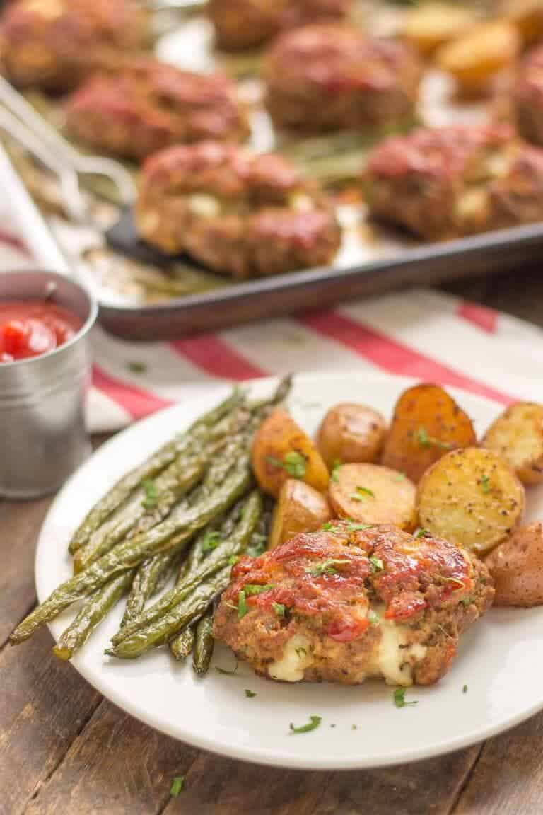 Mini Meatloaves with-Potatoes + 25 Delicious Sheet Pan Dinner Recipes that will make dinnertime a dream with easy prep work and less dishes!