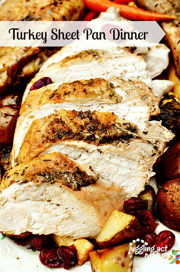 Roasted Turkey + 25 Delicious Sheet Pan Dinner Recipes that will make dinnertime a dream with easy prep work and less dishes!