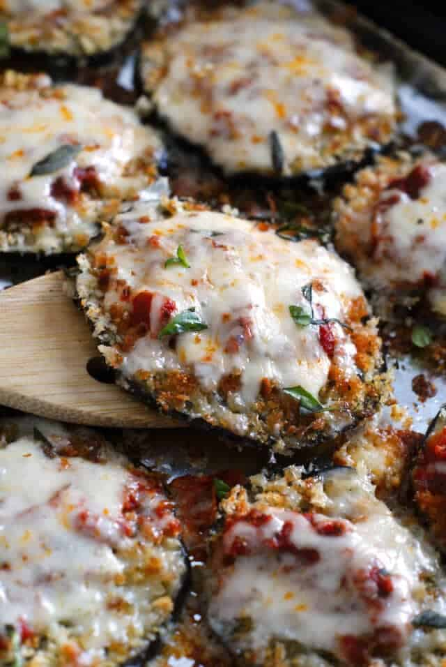 Eggplant parmesan + 25 Delicious Sheet Pan Dinner Recipes that will make dinnertime a dream with easy prep work and less dishes!