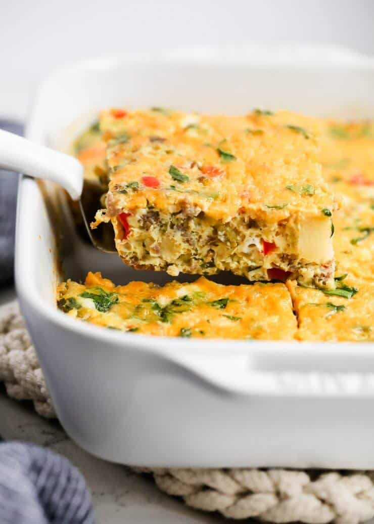 Make Ahead Sausage and Egg Breakfast Casserole ...one of my go-to easy breakfast recipes! This sausage and egg breakfast casserole is one of my families favorites to make for Sunday brunch and holidays.