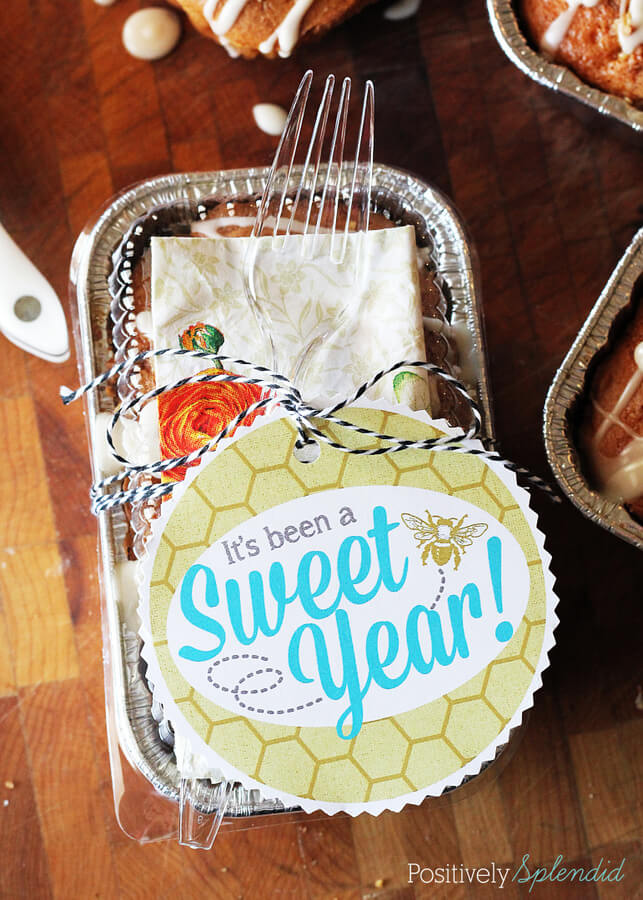 Sweet Year Teacher Appreciation + 25 Handmade Gift Ideas for Teacher Appreciation - the perfect way to let those special teachers know how important they are in the lives of your children!