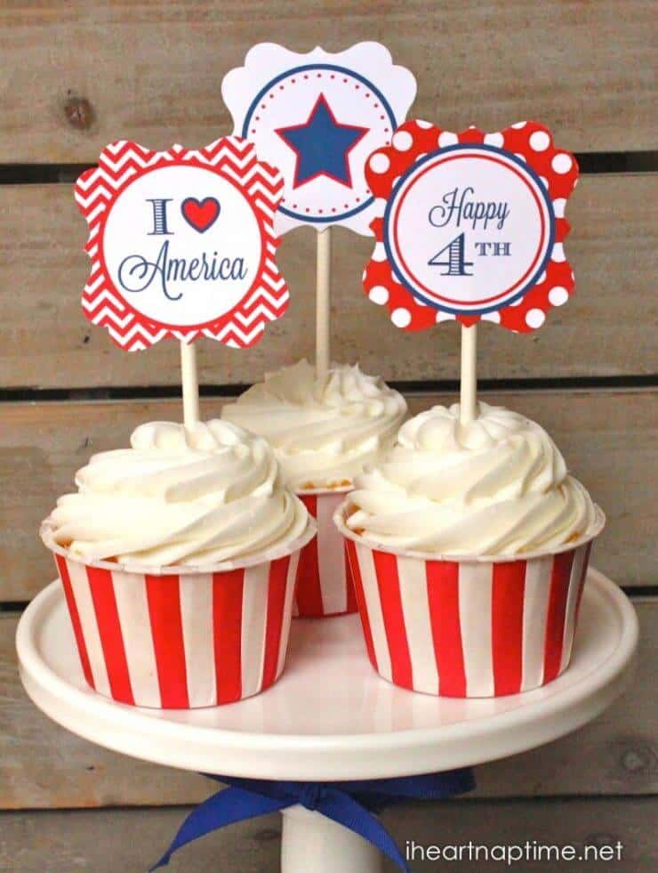 Patriotic Party Circles + 50 Festive Memorial Day BBQ Ideas...creative ways to kick-off summer and celebrate our freedom while remembering our fallen heroes!