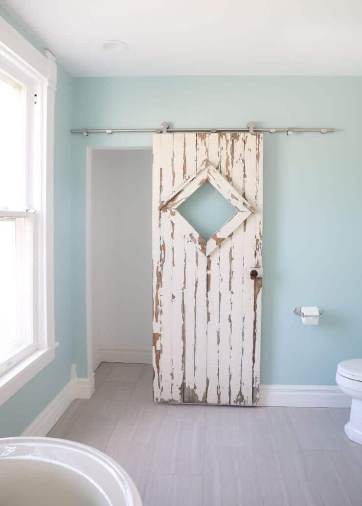 fixer upper bathroom before and afters fixer upper style bathroom makeover with clawfoot - Fixer Upper Bathroom