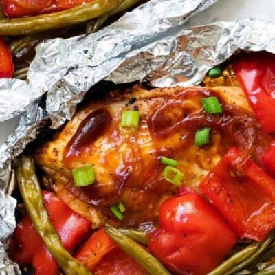 grilled BBQ chicken and veggies in foil