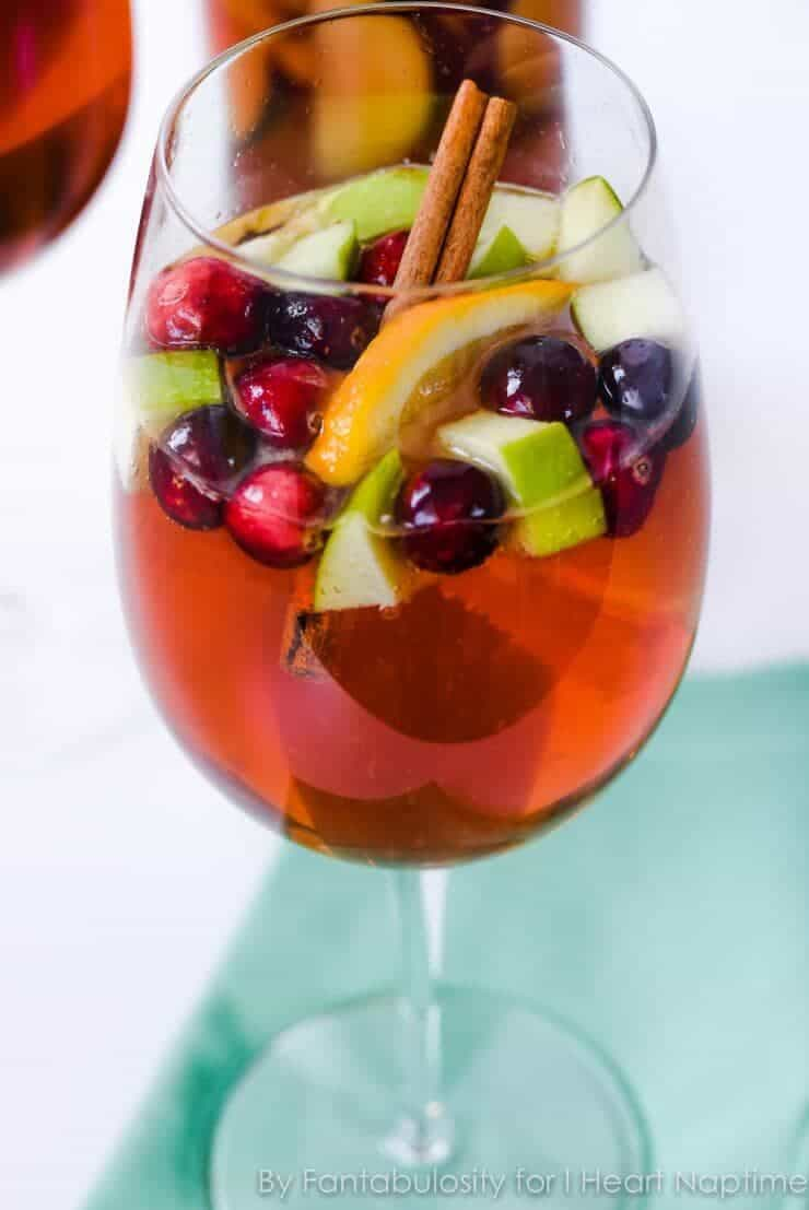 Holiday Sangria Mocktail- the perfect drink for any holiday party!