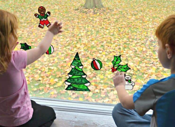 Holiday Window Clings-a fun and easy holiday craft to do with your kids!