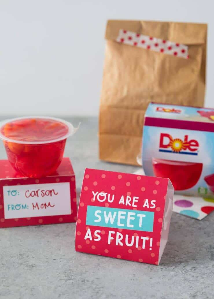Valentine fruit cups- the perfect non-candy Valentine idea for your little ones!