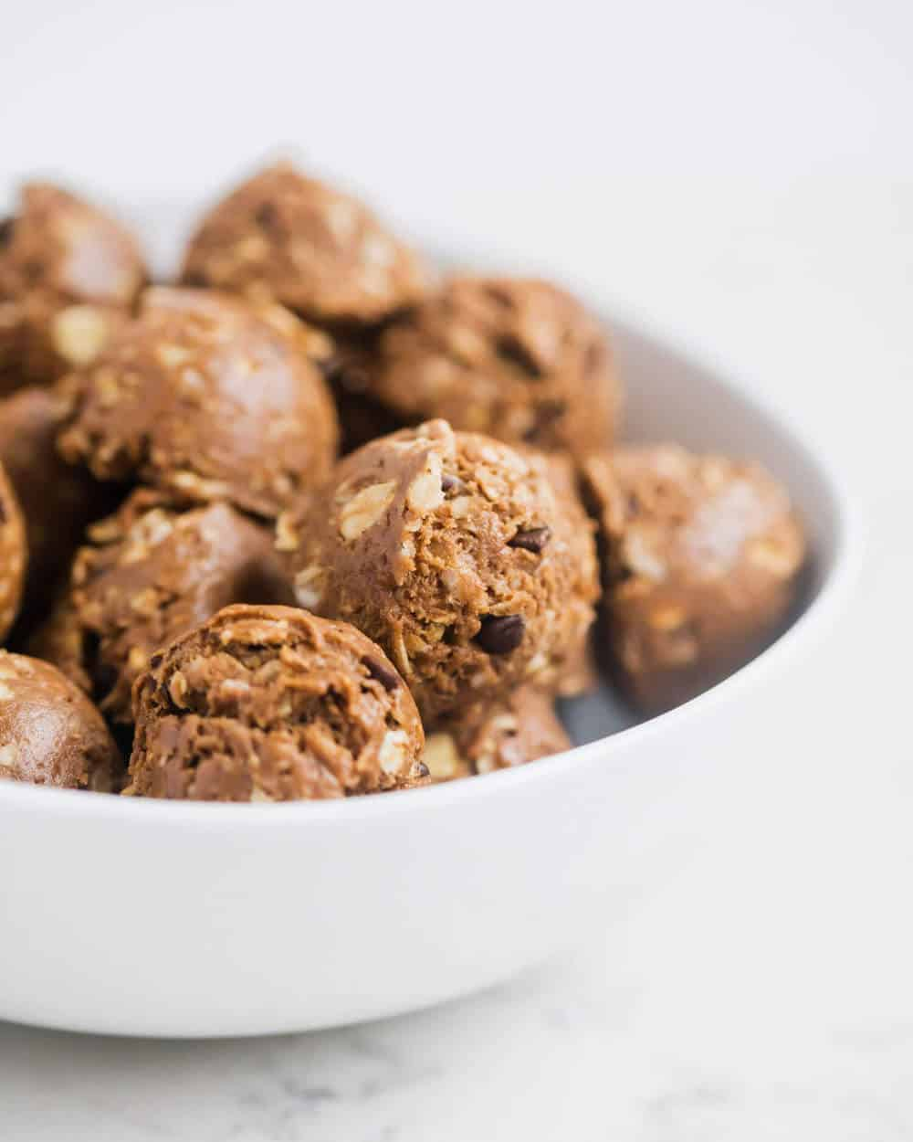 bowl of peanut butter protein balls