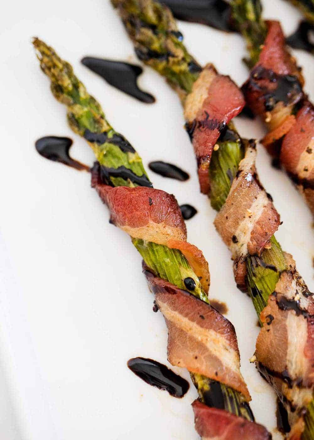 bacon asparagus with balsamic glaze