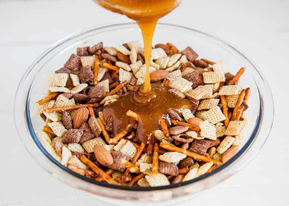 Caramel chex mix