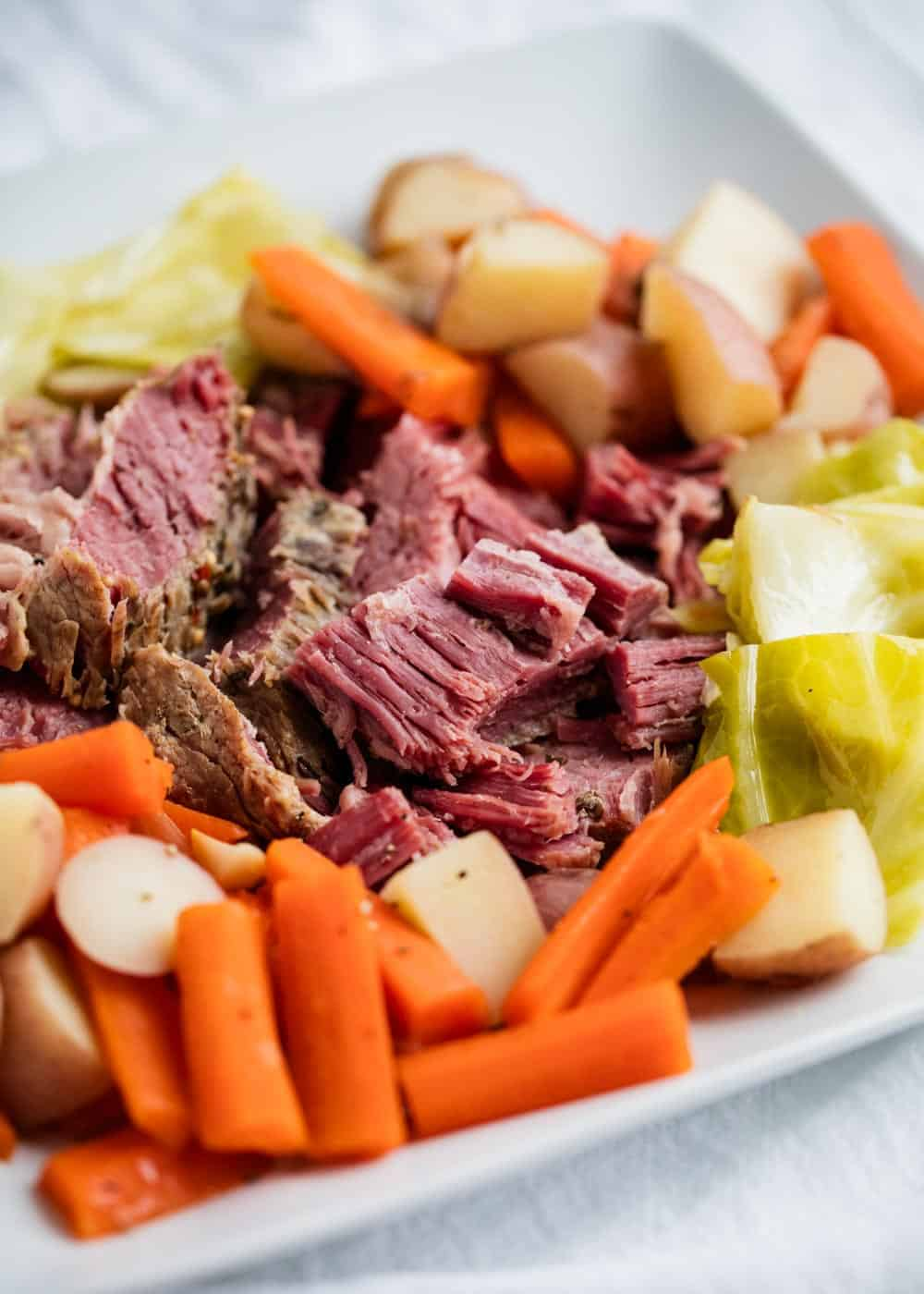 corned beef and cabbage slow cooker