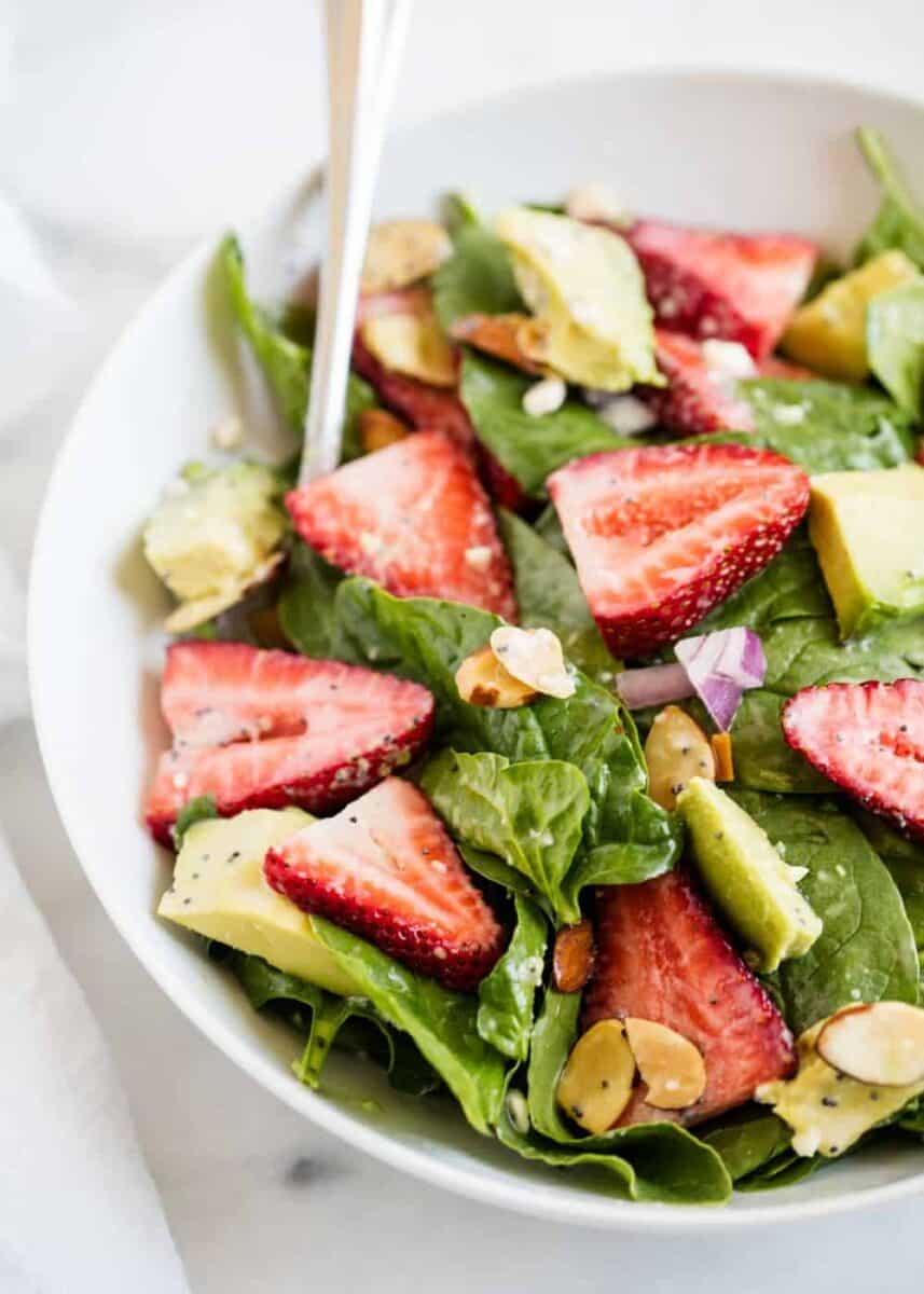 spinach strawberry salad in bowl
