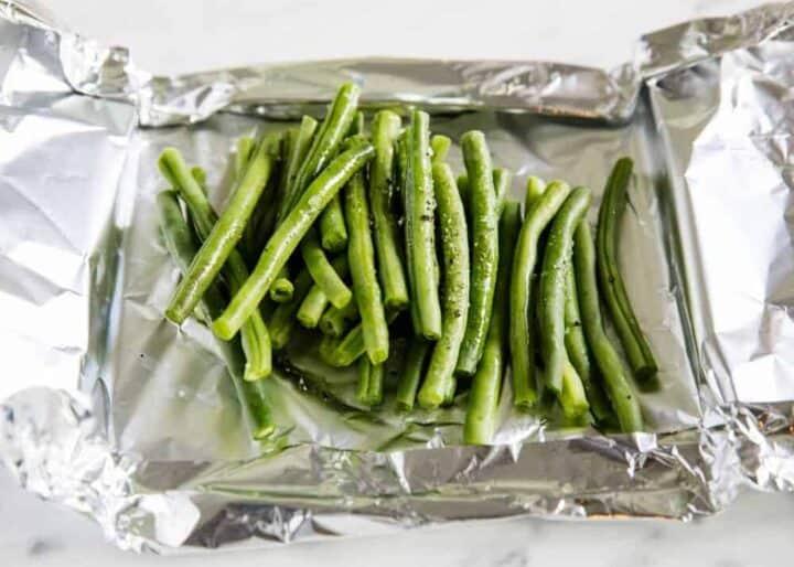 seasoned green beans in foil