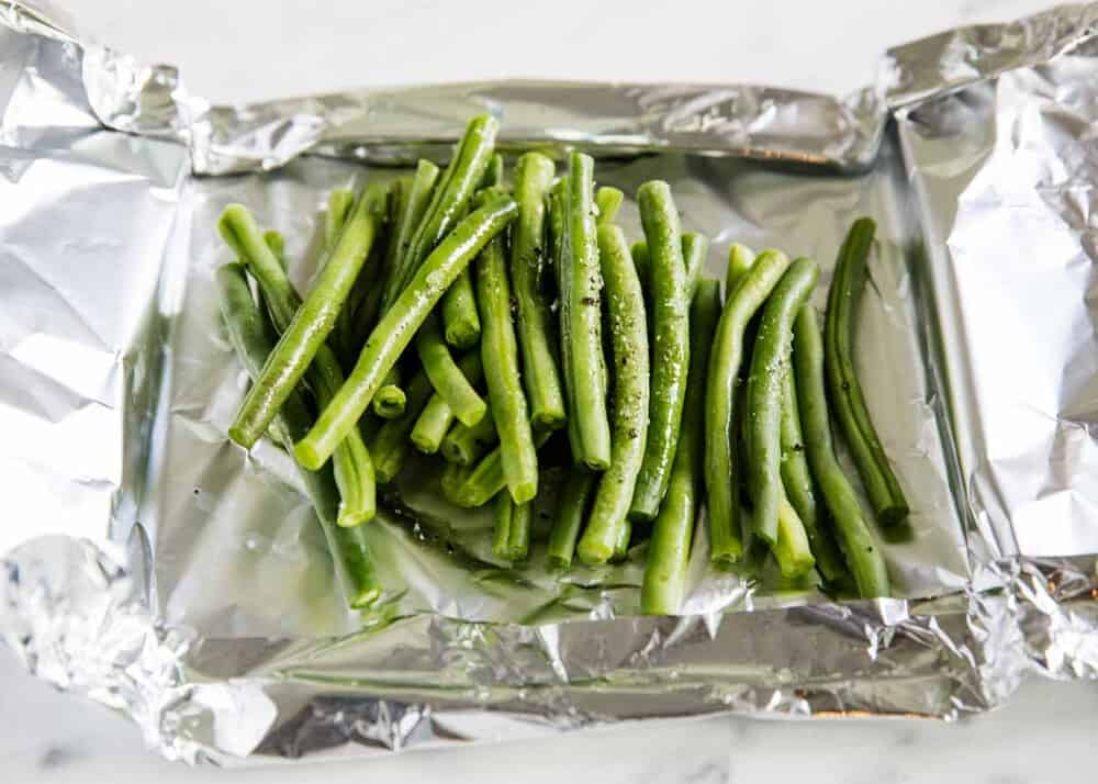 seasoned green beans in foil