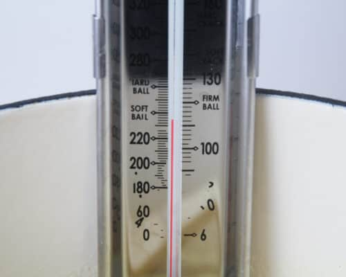 thermometer on pan