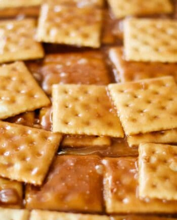 layered saltine cracker candy