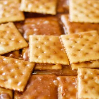 layered saltine cracker candy