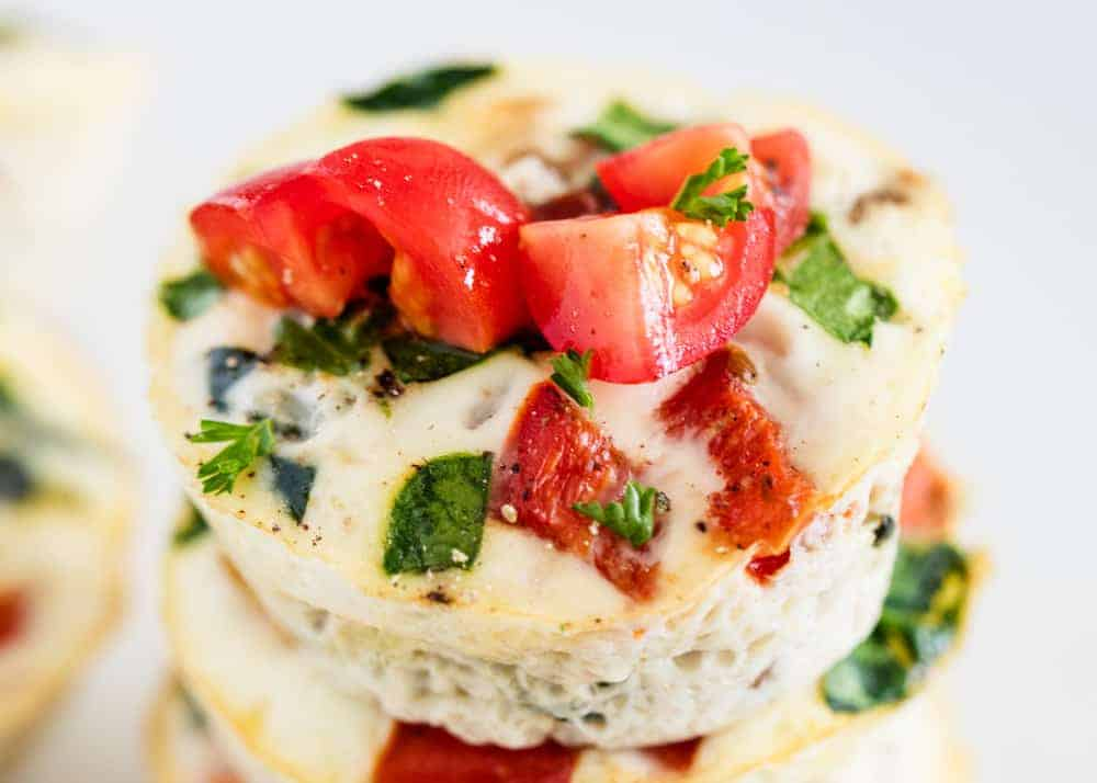 egg white muffins with tomatoes