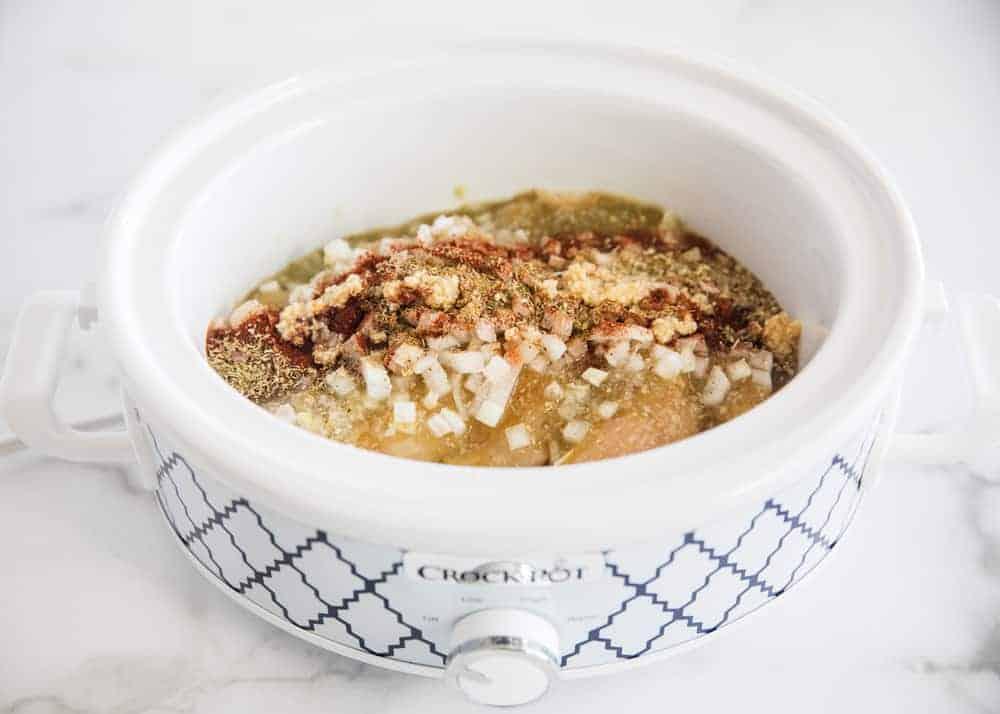 salsa verde chicken ingredients in crockpot