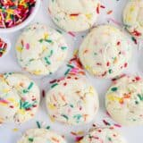 funfetti cookies with sprinkles