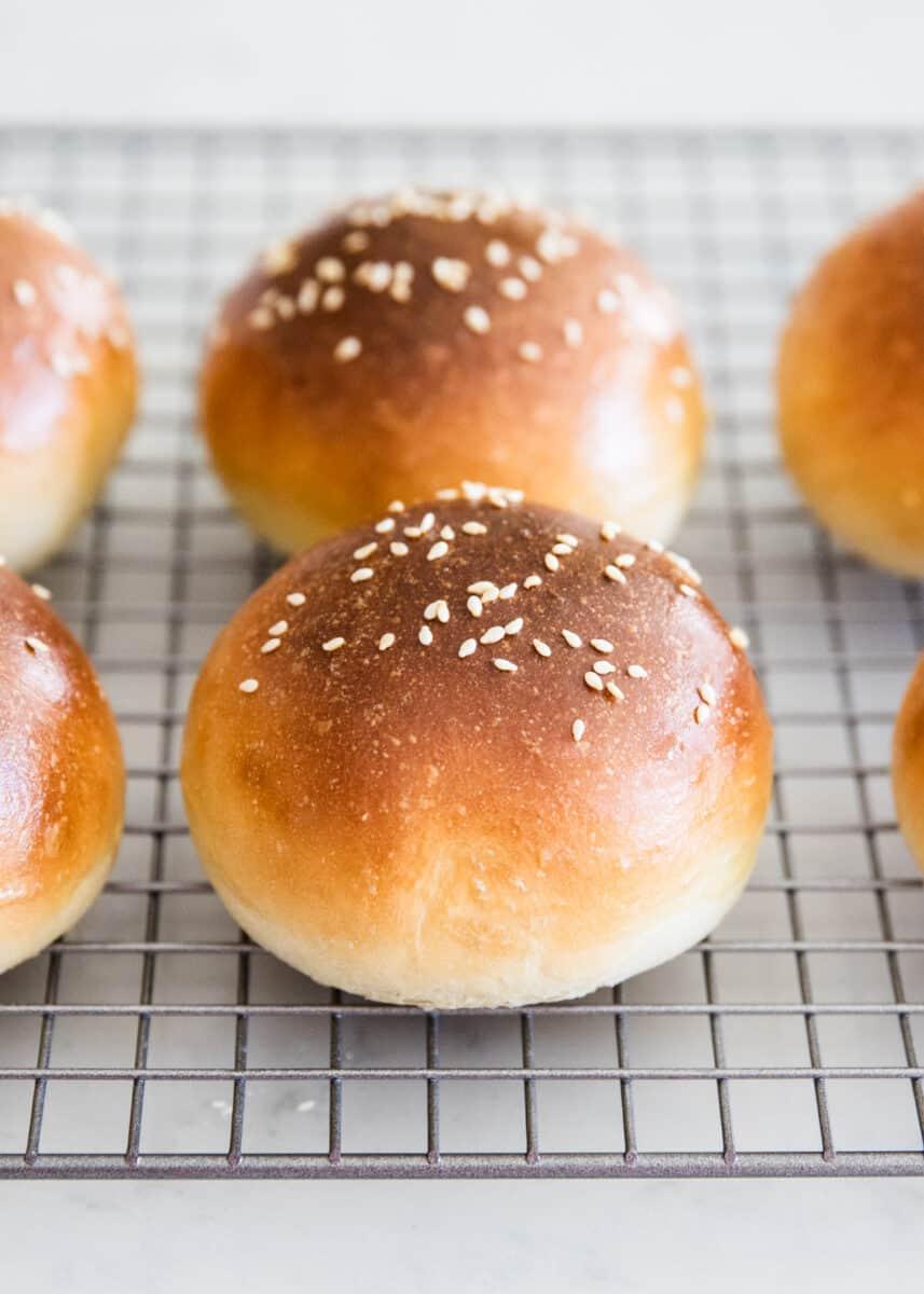 hamburger buns on cooling rack