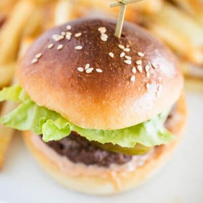 hamburger on plate